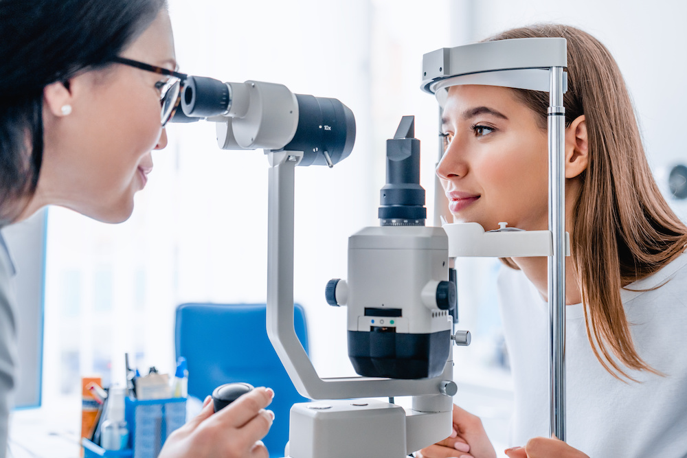 Measurement of intraocular pressure for glaucoma