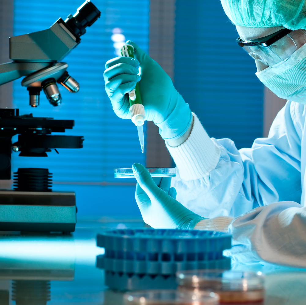 US researchers identify an enzyme as a possible cause of macular degeneration (AMD)